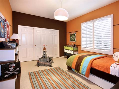 Small Bedroom Color Schemes: Pictures, Options & Ideas