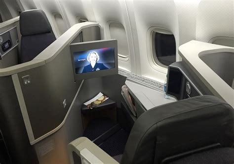 Singapore Airlines & Cathay Pacific non-upgradeable fare