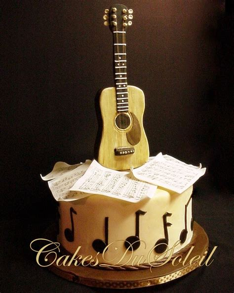 this is such a neat grooms cake for someone who loves