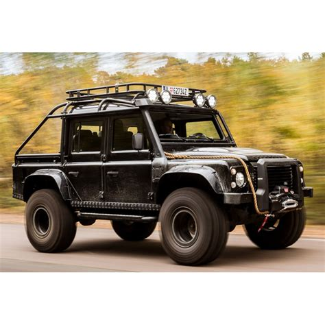 Land Rover Defender - Tweaked Spectre Edition Extra Wide