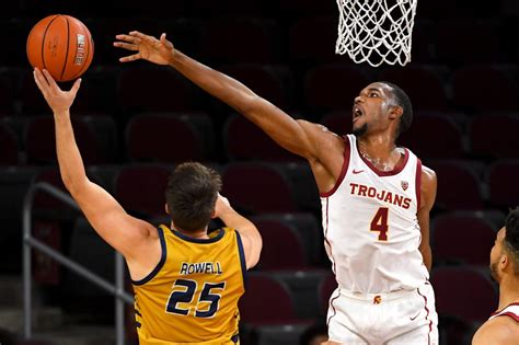 What to watch for when Arizona basketball hosts USC on