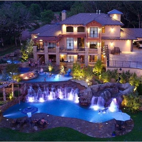 15 Luxury Homes with Pool – Millionaire Lifestyle – Dream