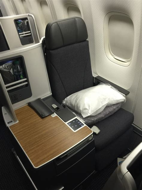 American Airlines Business Class Boeing 767-300 New York
