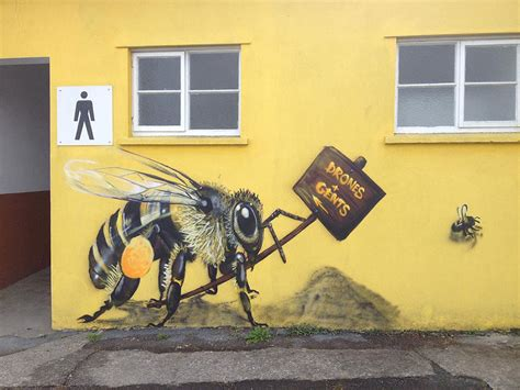 London Streets Painted With Bee Murals To Raise Awareness