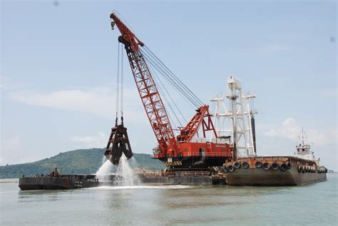 """EAST MARINE """"Creating Infrastructure for the Future"""