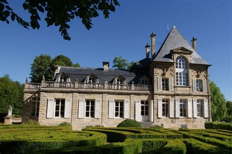 Magnificent Estates for Sale in England, France, and