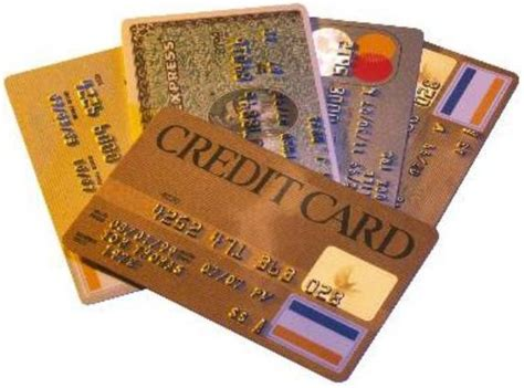 5 Steps to Choosing Your First Credit Card - The Dough Roller