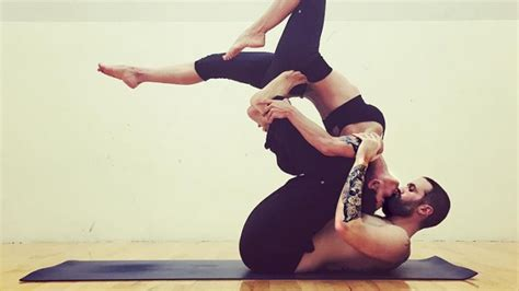 61 Amazing Couples Yoga Poses That Will Motivate You Today