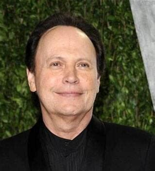 Billy Crystal to pay tribute to Robin Williams at Emmy